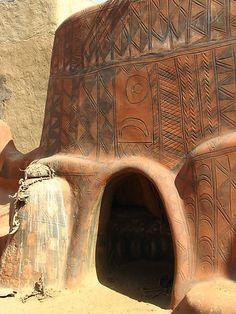 Africa | Gourounsi Painted House And Sacrificial Altar In Tiébelé.  Burkino Faso