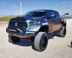 "2,418 Likes, 45 Comments - Tundra Offroad (@tundraoffroad) on Instagram: "" @bluedream_tundra #TruckPorn #Toyota #Tundra #TundraOffroad"""