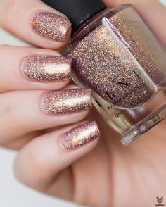 If you& looking for serious in-your-face sparkle, do not pass thi Nail Art Designs, Sparkle Nail Designs, Sparkle Nails, Nail Polish Designs, Fun Nails, Smart Nails, Gold Nails, Glitter Nails, Burgundy Nail Designs