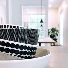 Lomalla aikaa siivota keittin kaapit Marimekko, Diy Home Decor, Room Decor, Black And White Interior, House Design, Inspiration, Organizing, Decor Ideas, Trends