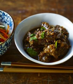 Nigella Asian-braised shin of beef with hot and sour shredded salad recipe - BBC Food Asian Recipes, Beef Recipes, Cooking Recipes, Oriental Recipes, Oriental Food, Savoury Recipes, Spicy Recipes, Savoury Dishes, Healthy Recipes
