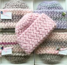 Puff Stitch Crochet, Easy Crochet Hat, Crochet Cap, Crochet For Kids, Crochet Stitches, Loom Knitting, Baby Knitting, Knitting Patterns, Crochet Patterns