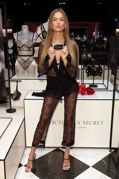 Josephine Skriver Photos - Josephine Skriver attends the debut of Victoria's Secret's new fall collection at Natick Mall on August 2019 in Natick, Massachusetts. - Victoria's Secret Celebrates New Fall Collection With Angel Josephine Skriver Celebrity Scandal, Celebrity Style, Nye Outfits, Josephine Skriver, Online Photo Gallery, Victoria Secrets, Celebs, Celebrities, Fall Collections