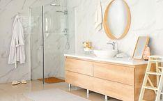 Bekijk de inloopdouches die senioren eindelijk kunnen betalen Master Bath Shower, Master Bathroom Layout, Bathroom Design Layout, Bathroom Wall Decor, Modern Bathroom Design, Bathroom Interior Design, Layout Design, Flyer Design, Modern Bathrooms Interior