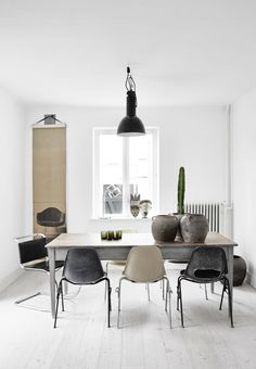 Awesome Scandinavian Dining Room Design Ideas With Swedish Style 15 Decoration Inspiration, Dining Room Inspiration, Interior Design Inspiration, Design Ideas, Inspiration Boards, Daily Inspiration, Estilo Interior, Room Interior, Interior Styling