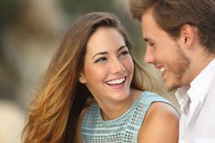 """Find out how to say """"would you go out with me"""", famous French pick-ups lines and common sentences to flirt in French + tips"""