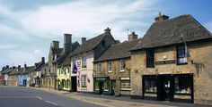https://flic.kr/p/i9Syv | Lechlade High Street | Situated beside the Thames about 11 miles east of Cirencester and 20 miles west of Oxford. A borough and market town from the early 13th century, it later played a part in the Cotswold wool trade. Its chief function, however, was as a staging post for goods and passenger traffic. By the 17th century, cheese was shipped down the river from Lechlade and when the Thames and Severn canal was opened, the inhabitants traded in coal.  See where this…