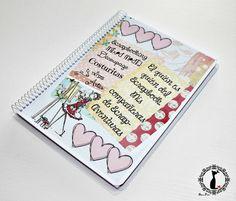 Crea tu propio cuaderno de firmas de compañeras scraperas: http://cinderellatmidnight.com/2014/05/02/2o-blog-hop-cinderella-scrap-room-dia-internacional-del-scrapbooking-03mayo2014/