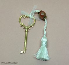 Γούρι κλειδί Tassel Necklace, Christmas Gifts, Drop Earrings, Jewelry, Origami Cards, Charms, Xmas Gifts, Christmas Presents, Jewlery