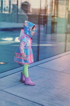 Raincoats For Women Long Sleeve Key: 1144483056 Baby Raincoat, Clear Raincoat, Fashion Kids, Toddler Rain Boots, Rain Jacket Women, Raincoats For Women, Kids Coats, Stylish Kids, Kids Fashion