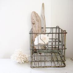 Metal Wire Milk Crate Fraziers Dairy Frankfort, IND. Great display & Vintage storage options