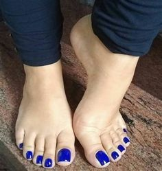 Image may contain: one or more people, shoes and text Pretty Toe Nails, Pretty Toes, Best Toe Nail Color, Acrylic Toes, Nice Toes, Pedicure Colors, Painted Toes, Foot Pics, Soft Feet