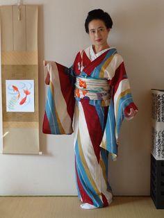 What a lively kimono! (by Yuko meisen) - Tanuki+Kimono