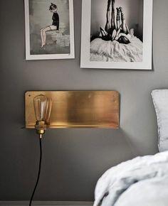 10 ideas for your bedroom design: copper and golden lighting Home Bedroom, Bedroom Decor, Scandinavian Interior Design, Bedroom Styles, Minimalist Bedroom, Decoration, Light Fixtures, Home Furniture, Shelves