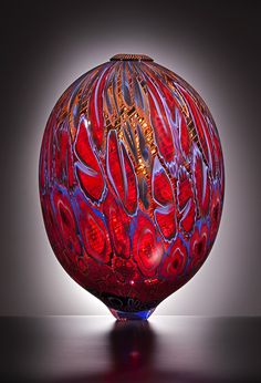 - Glass Artwork by LINO TAGLIAPIETRA - #Glassart #artglass #artwork http://www.pinterest.com/TheHitman14/art-glasscrystal-%2B/