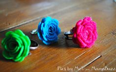 How to make rings... multiple cute styles.  Also cute pipecleaner bunny ring... good idea for kids craft.
