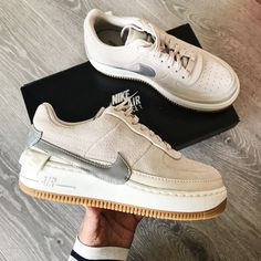 Shop Women's Nike White Gray size 8 Sneakers at a discounted price at Poshmark. Sneakers Mode, Sneakers Fashion, Nike Shoes Air Force, Nike Shoes Outfits, Aesthetic Shoes, Hype Shoes, Shoes Outlet, Summer Shoes, Adidas