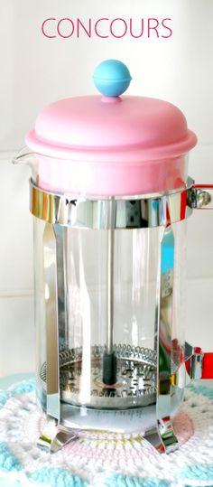 Gagnez une cafetière Bodum tout en couleur