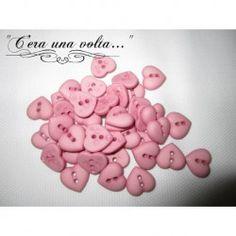 Bottoni in resina a forma di cuore http://www.merceriaceraunavolta.it/24-creative-crafs#/
