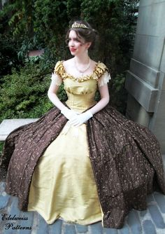Sound of Music Costumes, Vintage Dresses, and Von Trapp Trivia Edwardian Fashion, Vintage Fashion, Sound Of Music Costumes, Vintage Dresses, Nice Dresses, Elegant Ball Gowns, Gold Silk, A Line Gown, Victorian Jewelry