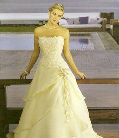 vestido-de-novia-color-perla-sencillo.jpg (978×1135)
