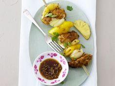 Probieren Sie die leckeren fruchtigen Hähnchenspieße von EAT SMARTER oder eines unserer anderen gesunden Rezepte!