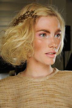 Latest Hair Accessory trends Autumn Winter 2012-13 (Vogue.com UK) (Vogue.com UK)
