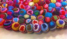 Pinoc-chio Tæppe rundt i sammensatte farver håndlavet