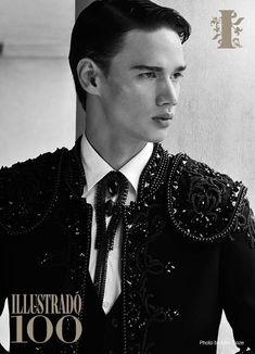 Filipino Models: whether on media or on the runways, it is truly amazing to see a handful of Filipinos make a breakthrough in the local style scene. Filipino Models, Heart, Style, Fashion, Swag, Moda, Fashion Styles, Fasion