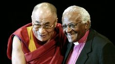 His Holiness the Dalai Lama and Archbishop Desmond Tutu stand together for Peace <3