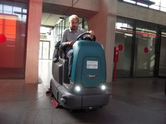 ISC Group - #PIX #Paratissima #Cleaning Day