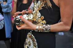 Close up on Ann Dello Russos clutch at Milan Fashion Week. Details In Streetstyle