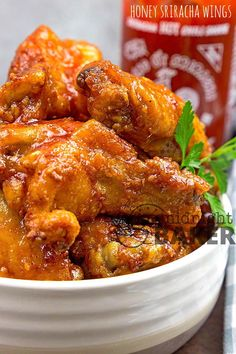 Yummy and tangy sriracha chicken wings easily done in the air fryer or oven. Yummy and tangy sriracha chicken wings easily done in the air fryer or oven. Chicken Wing Seasoning, Chicken Wing Sauces, Chicken Wing Recipes, Air Fryer Wings, Air Fryer Chicken Wings, Fried Chicken Wings, Baked Chicken, Honey Sriracha Chicken Wings, Honey Sriracha Sauce