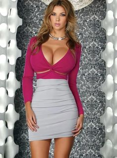 These 30 hot girls in skin tight dresses will definitely increase your heart beat with their beautiful bodies. Tight Dresses, Sexy Dresses, Short Dresses, Short Skirts, Mini Skirts, Femmes Les Plus Sexy, Look Fashion, Woman Fashion, Fashion Models
