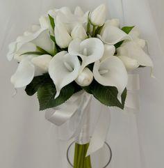 latex white calla lily tulips bouquet