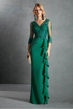 Vestido ANGELA ARIZA Largo Crepe Tul Bordado A2103 Sexy Evening Dress, Evening Dresses Online, Cheap Evening Dresses, Prom Dresses, Wedding Dresses, Best Formal Dresses, Elegant Dresses, Mom Dress, Green Dress