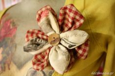 Flower pin with fabric/cucito creativo