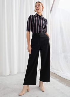 Stretch Cotton Culotte Pants - Black - Cropped Trousers - & Other Stories Spring Work Outfits, Casual Work Outfits, Basic Outfits, Stylish Outfits, Work Attire, Black Cropped Trousers, Black Crop Pants, Fashion Pants, Fashion Outfits
