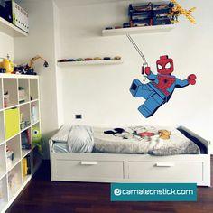 La cameretta di Lorenzo, adesivi murali personalizzati con Spiderman!  #spiderman #lego #wallstickersbambini
