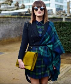 12 cool ideas on how to wear denim from LFW street style stars Stylish Street Style, London Street, Fashion Updates, Star Fashion, Plaid Scarf, Tartan, What To Wear, Cool Stuff, Stars