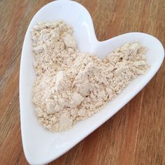 What is Maca? , What is Maca? What is Maca? I recently received a bundle of nutritious ingredients from a company called Nutriseed, in which was a fine beige powder c. Maca Benefits, Health Benefits, Healthy Mind, How To Stay Healthy, Maca Root Powder, List Of Vegetables, Peruvian Recipes, Different Recipes, Fitness Diet