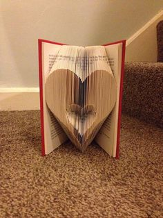 Book folding pattern for A Heart in a heart by BookFoldingForever