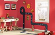 Zoom Zoom!  an easy DIY kid's room project idea.