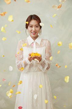 Korean Actresses, Asian Actors, Korean Actors, Actors & Actresses, Crazy Outfits, Sexy Outfits, Korean Photo, Drawing Course, Kim Ji Won