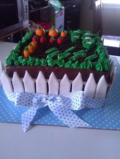 Veggie Patch cake for my partners grandfathers 70th birthday :)