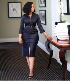 4 Factors to Consider when Shopping for African Fashion – Designer Fashion Tips Classy Work Outfits, Classy Dress, Chic Outfits, Fashion Outfits, Style Fashion, Cheap Fashion, Corporate Attire, Corporate Fashion, Business Casual Attire