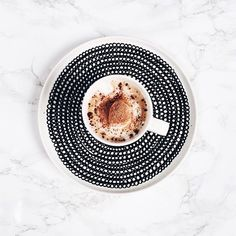 Siirtolapuutarha plate by Marimekko But First Coffee, I Love Coffee, Coffee Break, My Coffee, Coffee Drinks, Coffee Time, Morning Coffee, Coffee Cups, Coffee Mornings