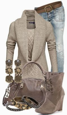 Sweater,Wedges And Jeans