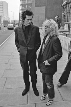 punk Sid and Nancy - Sid And Nancy, Punk Rock, 70s Punk, 80s Punk Fashion, Musica Popular, Famous Couples, Vintage Photographs, The Clash, Rock And Roll