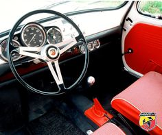 Ponadczasowy styl Skorpiona! Fiat 850 TC Abarth!